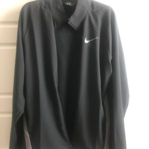 Mens Nike Dri-fit light weight black jacket
